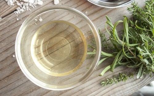 Opskrifter på hjemmelavede insektmidler