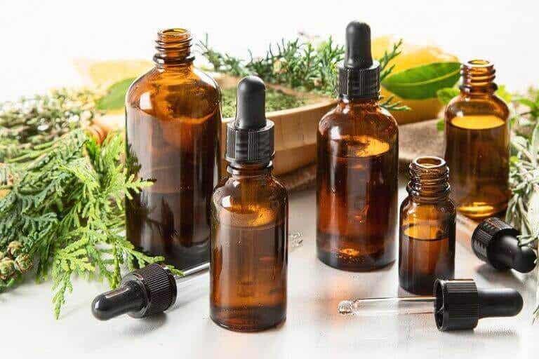 Eteriske oljer som kan være giftige for kjæledyr