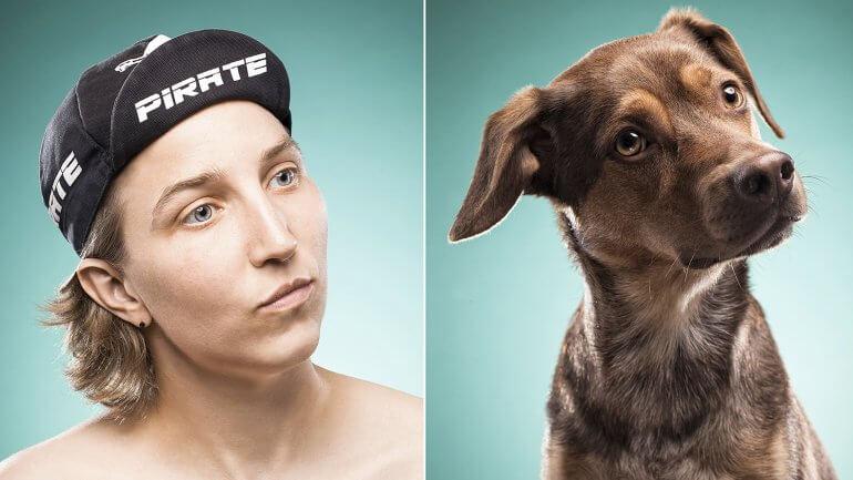 Vrouw met per lijkt op hond