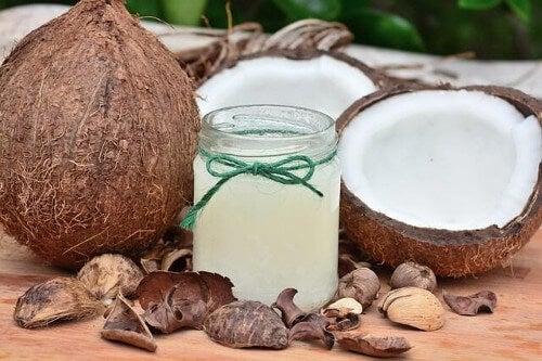 Olej kokosowy dla psów - 3 korzystne właściwości