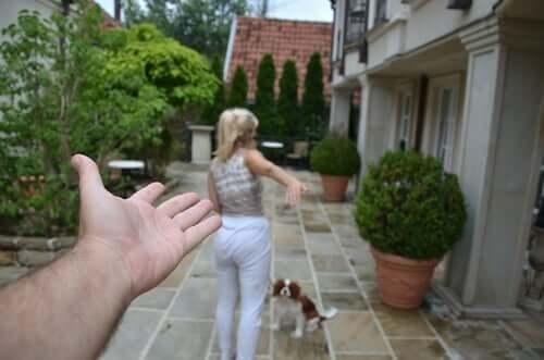 kobieta z psem, rozwód w związku, podział