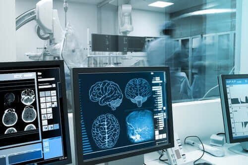 Undersökning av hjärnan.